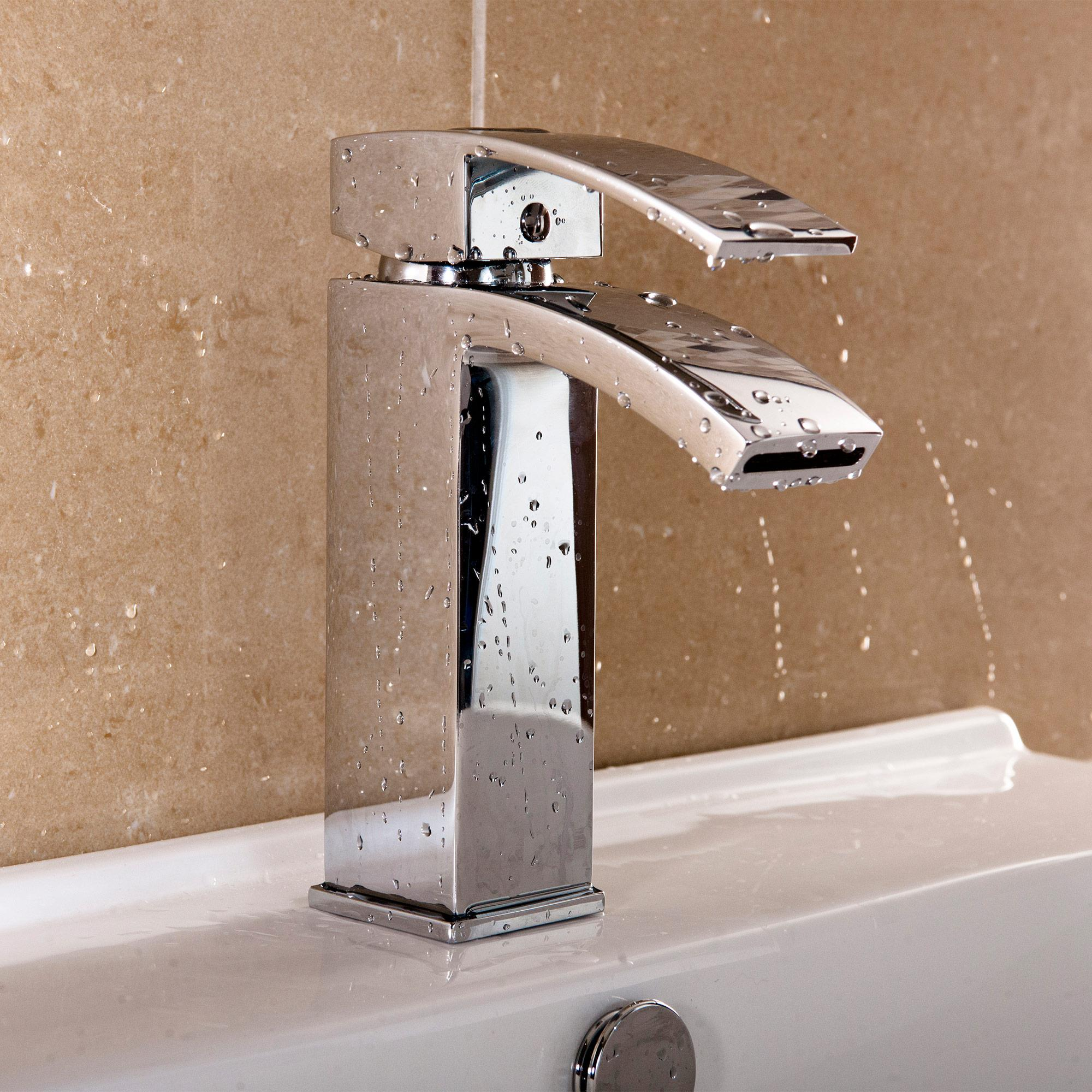 Peak Designer Mono Basin Mixer Tap - Heat & Things